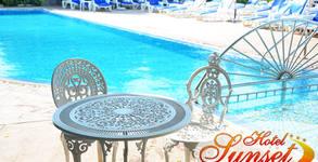 Цяло лято в Слънчев бряг! Нощувка на база All Inclusive, плюс открит басейн и паркинг - на 100 метра от плажа