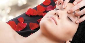 Масаж на лице, шия и деколте, плюс дермабразио, ултразвуково почистване, маска и серум