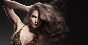 Масажно измиване и маска на коса, възстановяваща терапия и подстригване, прав сешоар или преса