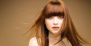 Боядисване на коса, измиване, подстригване на връхчета и оформяне на прическа с прав сешоар