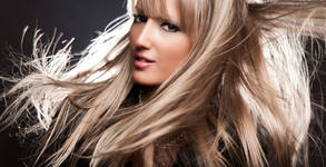 Възстановяваща или лечебна терапия за коса, плюс подстригване и прическа