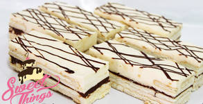 Сладък сет по избор - с 12 парчета ябълков сладкиш или с 6 парчета ябълков сладкиш плюс 6 парчета бисквитена торта
