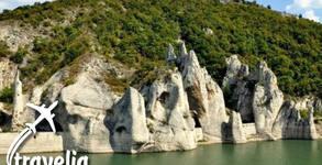 Еднодневна екскурзия до Чудните скали, крепостта Овеч и Провадия на 25 Юли