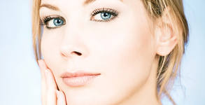 Безиглена мезотерапия за лице с витамин С или anti-age ефект - без или със ултразвуково почистване и RF на околоочен контур
