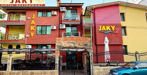 Семеен хотел Жаки**
