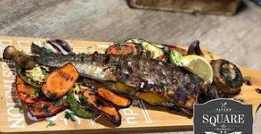 Пъстърва на барбекю с гриловани зеленчуци