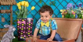 Пролетна детска или семейна фотосесия с 10 обработени кадъра, в студио или на открито