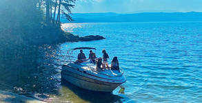 Обиколка с яхта на язовир Искър