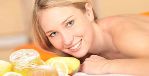 100 минути пълен релакс! Тонизиращ масаж на цяло тяло с портокал, мента и кокос