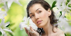 Почистване на лице, плюс криотерапия с ампула според типа кожа