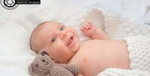 Бебешка фотосесия в студио или на открито с 10 обработени кадъра