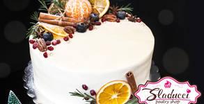 Новогодишна торта с декорация