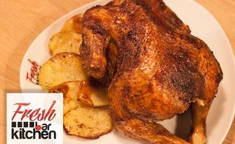Вкусно хапване! Комбо меню с половин или цяло пиле, свински джолан или ребърца на барбекю, от Fresh Bar Kitchen
