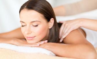 Лечебен масаж на гръб, врат и ръце или на гръб и крака, от Студио за красота и здраве Дейзи