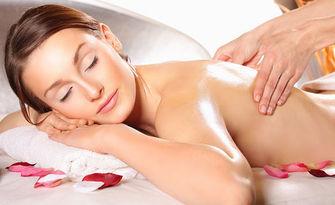 40 минути релакс! Лечебен масаж на гръб с бергамот и ванилия, от Студио Вълшебни ръце