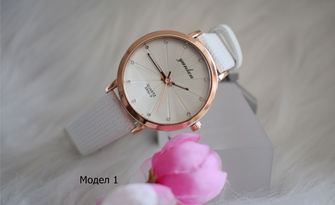 Дамски часовник с каишка от изкуствена кожа - модел по избор, от Магазин Сага