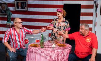 """Комедията """"Ще ти разкажа за Америка"""" с Красимир Ранков - на 28 Септември в Театър """"Сълза и смях"""""""