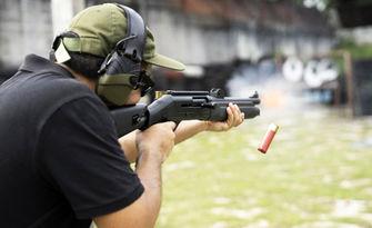 Обучение по стрелба на английски език с пушка-помпа, автомат AK-47 и пистолет Glock, плюс състезателно стреляне - на 13 Ноември, в с. Лозен