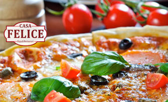 Вкусно хапване за вкъщи! Пица или салата по избор, комбо меню с пилешки хапки или свинско месо на пещ, от Casa Felice - Чайка