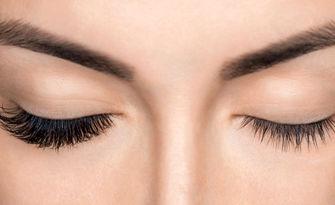 Поставяне на мигли Pro Lash с метод по избор, от Салон за Красота Lashes & Beauty