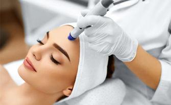 """Сияйно лице! Лифтинг терапия """"Ледено вино"""" и био електростимулация - без или със аюрведичен лифтинг масаж с френска козметика Matis"""