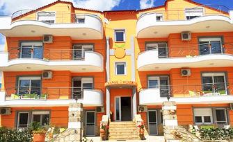 През Юни или Юли в Керамоти! 3, 4 или 5 нощувки за до четирима, от Orange House Apartments