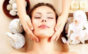 Терапия за лице с пилинг, масаж и маска според нуждите на кожата, от Салон Мистерия