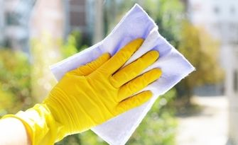 Почистване на апартамент до 100кв.м, от Чисто с Лили