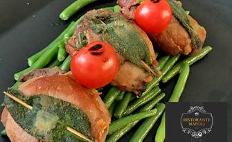 Неаполитанска кухня! Равиоли със спанак и рикота, талиатели с манатарки или салтимбока, от Ресторант Наполи