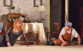 """Аня Пенчева, Тончо Токмакчиев и Александър Кадиев в комедията """"Тя, Той и още двама-трима..."""" - на 17 Октомври, в Летен театър"""