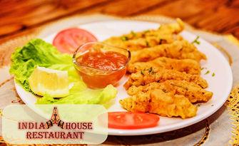 В света на индийската кухня! Вегетарианско или месно ястие, по избор, от Ресторант India House