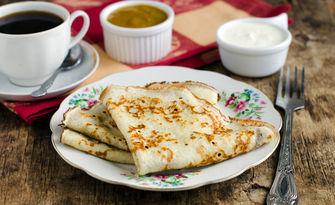 Вкусно хапване на място или за вкъщи! Пица по избор, плюс торта Маскарпоне или палачинка с мед и орехи, от Механа Шлагера