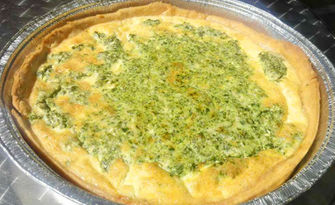 Ябълков пай или киш със спанак и сирене, от Пекарна При Дамян