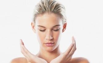 Кралско детокс почистване на лице - с механична екстракция, водно дермабразио, ултразвуков и RF лифтинг и хиалуронови серуми, от Козметик Лорита Костова