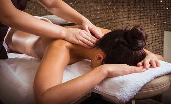 Аромамасаж на цяло тяло или частичен лечебен масаж, от Козметично студио Gallen