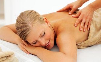 Лечебен масаж на гръб, релаксиращ на цяло тяло, или лечебен с миофасциални техники при болки, от Козметично студио Gallen