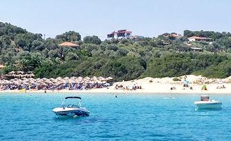 До края на Май на остров Амулиани, Гърция! 2 или 3 нощувки за двама или трима, от Hotel Sarandos