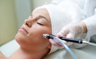 Грижа за лице по избор - почистване, терапия с ултразвук или мезотерапия, от Студио Веси Козметикс