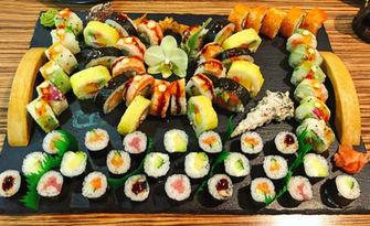 Хапни на място или вземи за вкъщи! Суши комбо меню по избор, от Sushi bar Guest