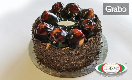 Еклерова торта, плюс 1 литър сок Queen's по избор