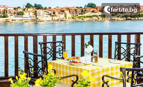 Романтично лято за двама в Созопол! 2 или 3 нощувки със закуски и възможност за вечери