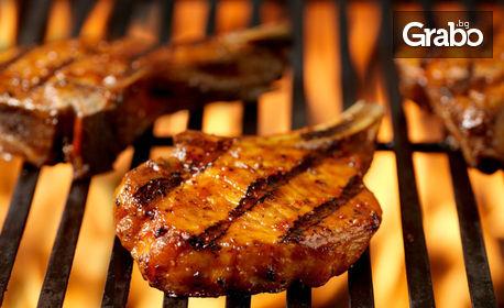 Свинско бон филе на BBQ и картофи на фурна с розмарин