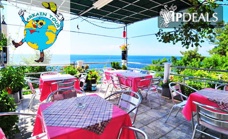 Ранни записвания за лято 2019 на о. Тасос! Нощувка за двама в Sunset studios в Скала Марион - на брега на морето