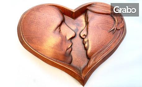 Дърворезбовано пано с дизайн избор