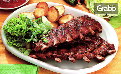 1кг апетитно плато! Печени свински ребра или джолан с картофи соте