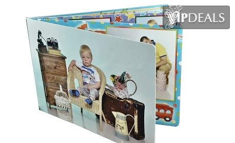 Семейна фотосесия в студио със 160 - 180 кадъра, плюс фотокнига