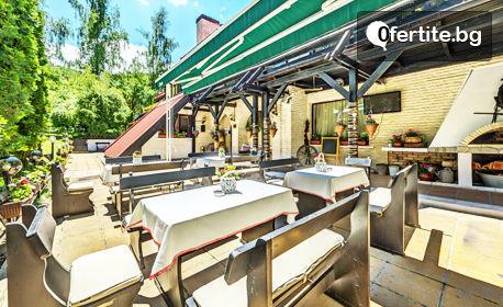 Почивка в Боровец! Нощувка със закуска - без или със вечеря, плюс сауна и парна баня