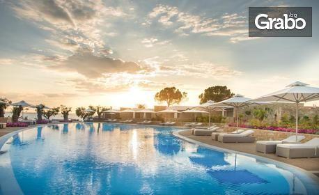 Last minute за почивка на Халкидики! 4 или 7 нощувки на база Ultra All Inclusive в Хотел Ikos Olivia 5*