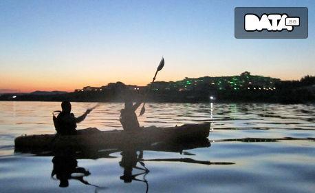 2.5 часа вечерен тур с каяк по залез слънце от Равда до Стария град на Несебър, плюс видеозаснемане и почерпка