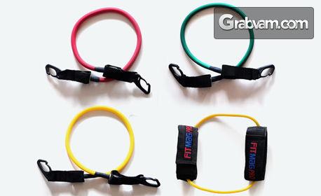 Комплект за тренировка с 4 ластика, плюс чифт дръжки, наглезенки и чантичка